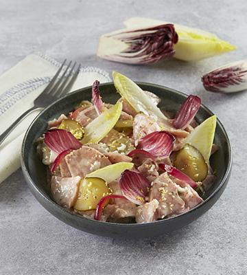 Museau de porc et endives multicolores, pickles d'oignons rouges